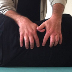 hands-240